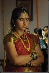 sanusha-hot in saree