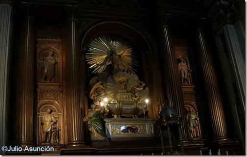 Retablo y sepulcro de San Isidro