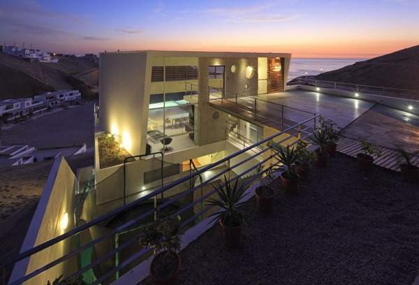 arquitectura-moderna-casa-de-playa-palillos-e-3-vertice-architects