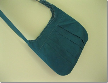 turquoise retro bag