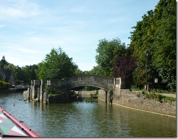 approach to iffley lock