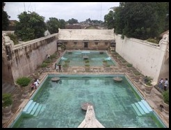 Indonesia, Jogykarta, Water Castle, Swimming Pool, 14 January 2013 (5)