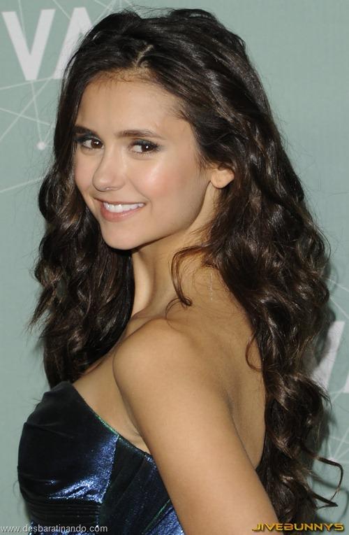 nina dobrev linda sensua sexy sedutora fotos Vampire Diaries desbaratinando (34)