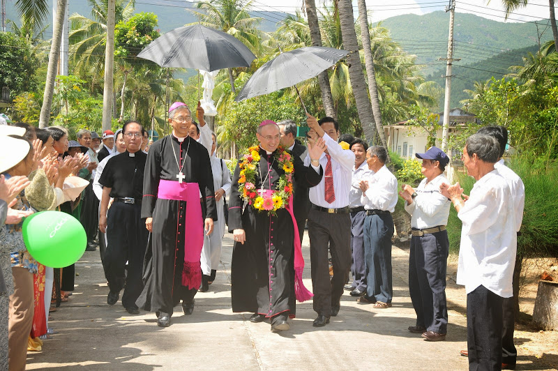 Hình ảnh đón tiếp Đức TGM Leopoldo Girelli tại Qui Hòa