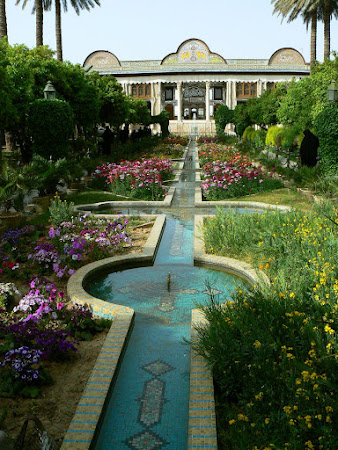 Things to see in Shiraz: Bagh-e Naranjestan