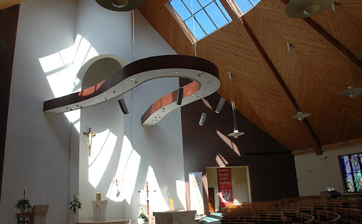DImpressive JBL CBT speaker installation at Our Lady Queen of Peace