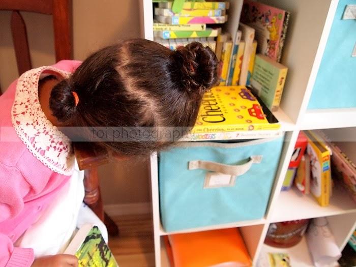 AOI loves books