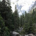La deuxième plus connue, c'est el Capitan, plus grande paroi d'escalade du monde (900m), qu'on ne voit pas non plus ici.