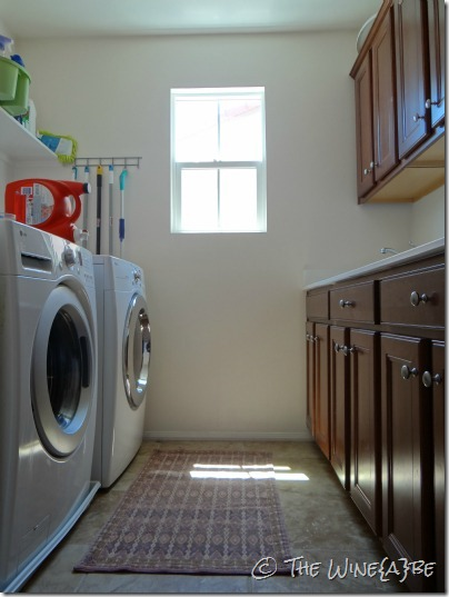 laundry_room_white_walls