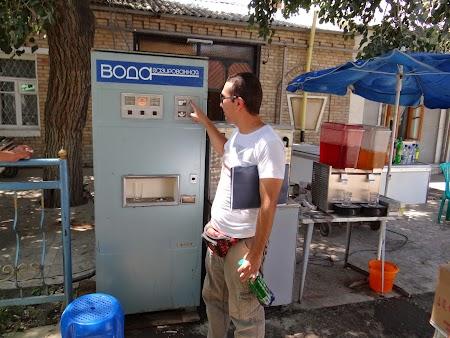 14. Automat de suc.JPG