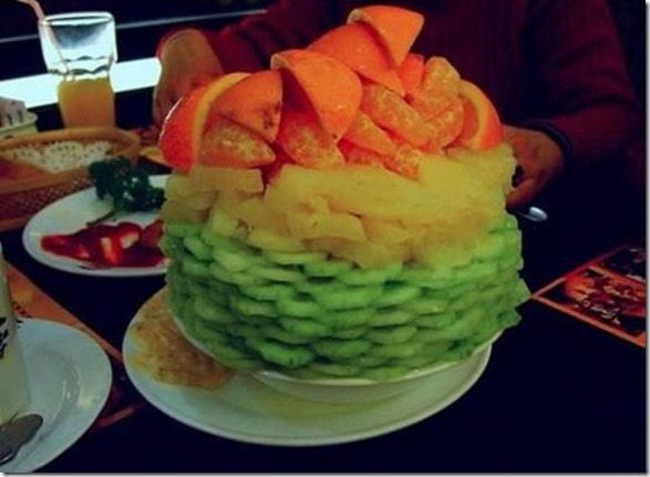 salad-tower-pizzahut-4