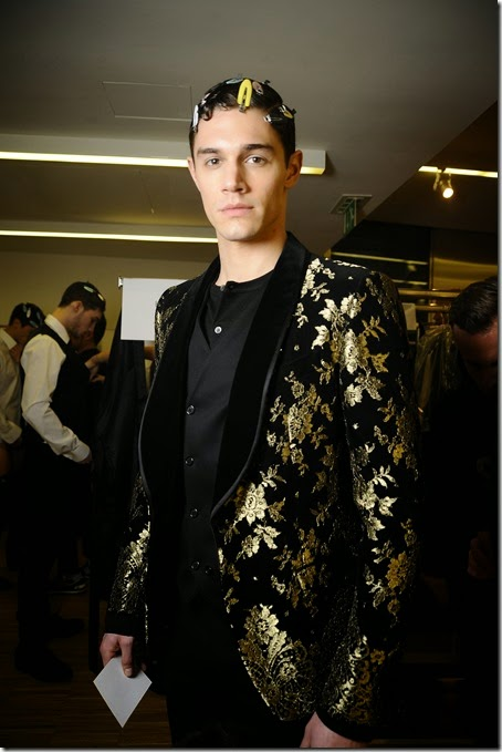 dolce-and-gabbana-winter-2016-men-fashion-show-backstage-14-zoom