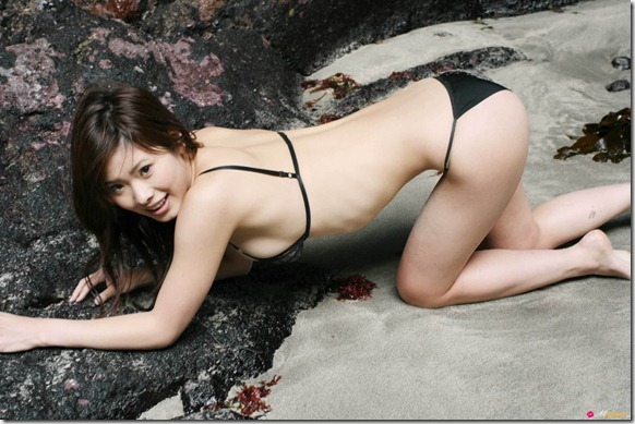Japanese Hot Girls: Ai Nanase Honey Drops