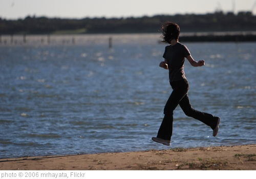 'Running Woman' photo (c) 2006, mrhayata - license: http://creativecommons.org/licenses/by-sa/2.0/
