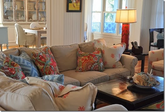 NEUTRAL COUCH WITH COLORED PILLOWS