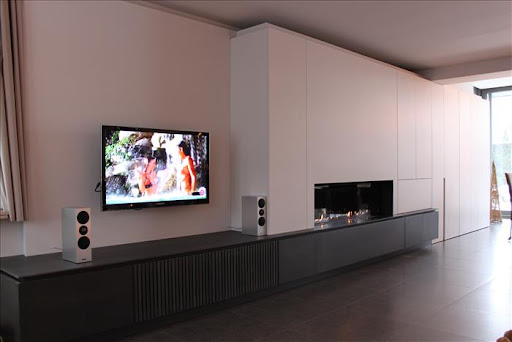 woonkamer on pinterest tvs fireplaces and modern fireplaces. Black Bedroom Furniture Sets. Home Design Ideas