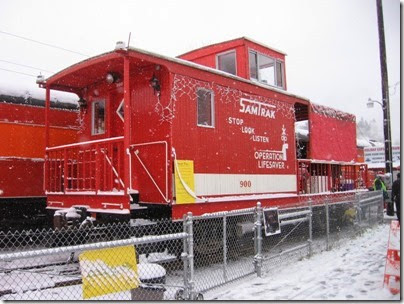 IMG_4785 SamTrak Caboose #900 at Oaks Park on December 14, 2008