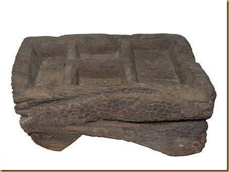 Kinangan asbak kayu