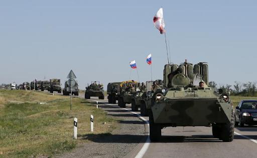 russians_ukrain_border_help_20140814_01.png