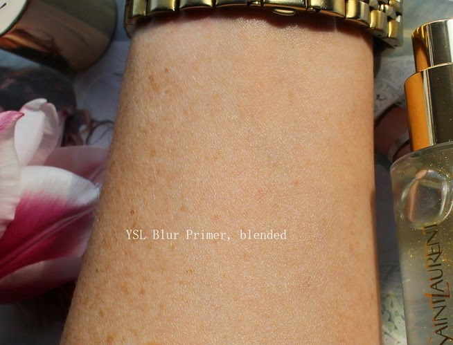 YSL-Blur-Primer-applied-on-skin