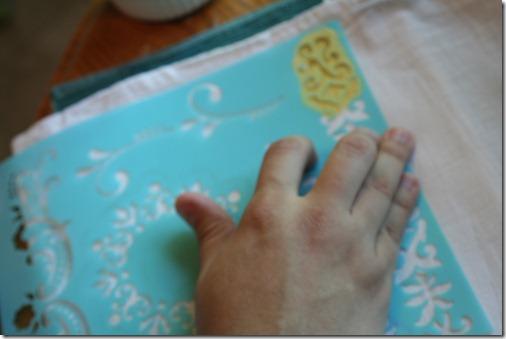 Stenciling Flour Sack Dish Towels (6)