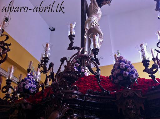 exorno-floral-salud-granada-hermandad-salesianos-semana-santa-2012-alvaro-abril-(15).jpg
