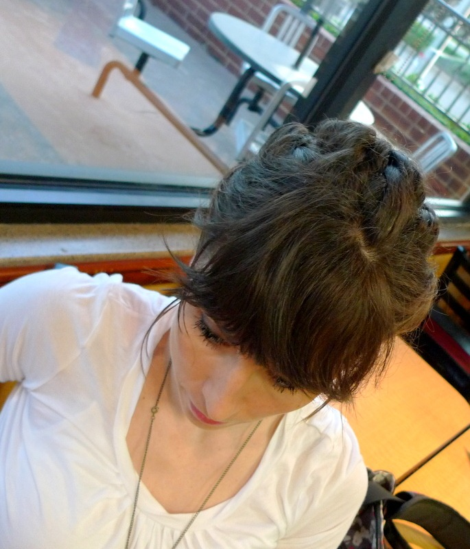 [P1030083%255B8%255D.jpg&description=Wardrobe Wednesday: Stripes + Layered Twist Hair-do Round Two')]
