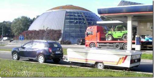 Dacia Duster met plooiwagen 03