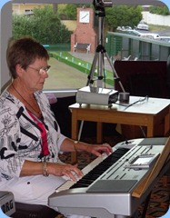 Pam Rea brought her Korg Pa80 to entertain us with