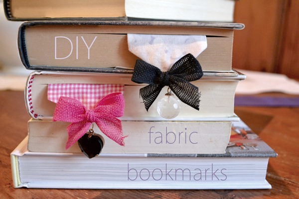 fabric-bookmark-old-charms
