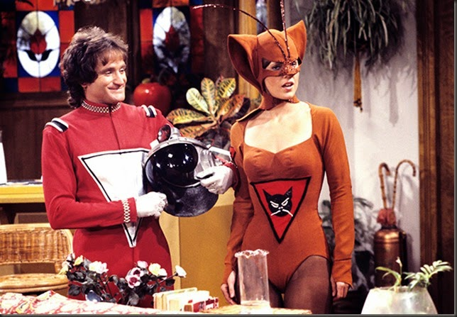Robin Williams y Pam Dawber protagonizan Mork & Mindy, 1978-1982. Robin Williams: 10 papeles inolvidables