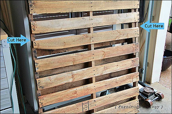 Pallet with cut arrows