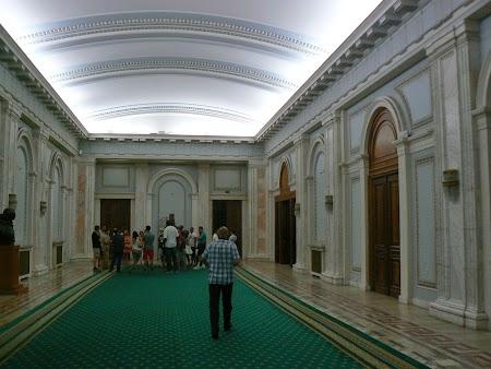 07. Palatul Parlamentului - interior.JPG