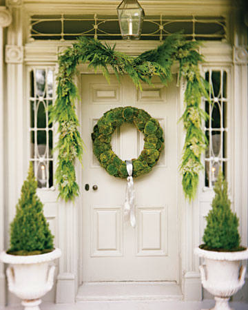 This wreath made with cushion moss will thrive all year long.