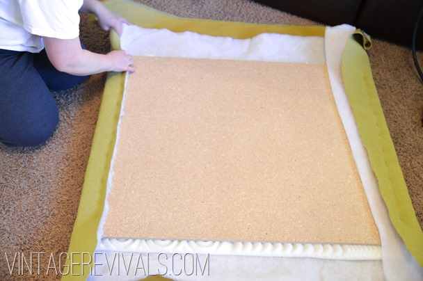 DIY Upholstered Headboard Tutorial @ Vintagerevivals.com-6