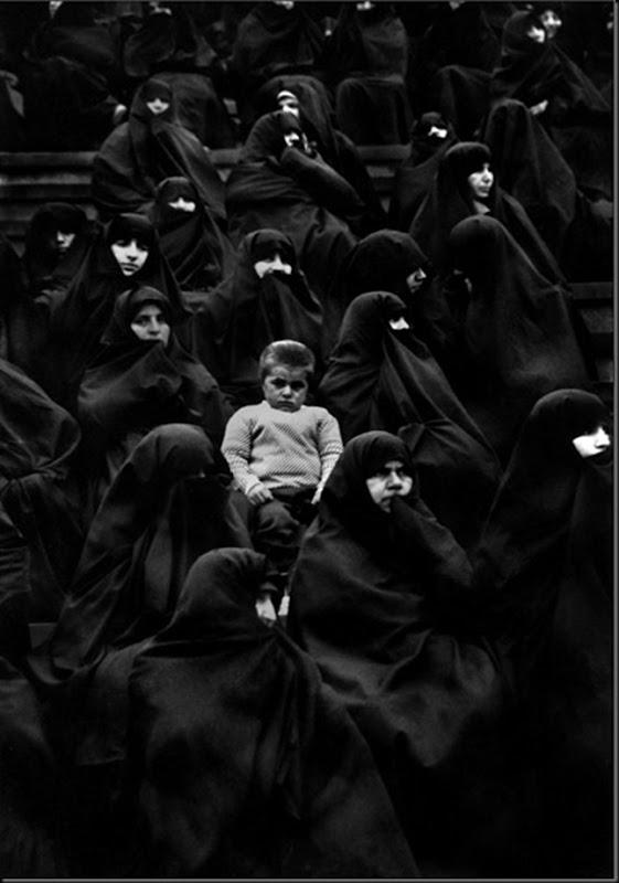304 © SEIFOLLAH SAMADIAN
