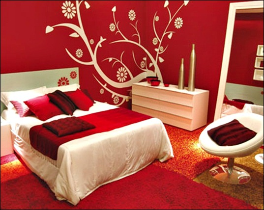 red-flower-design-Exotic-Bedroom-With-Energetic-Themes