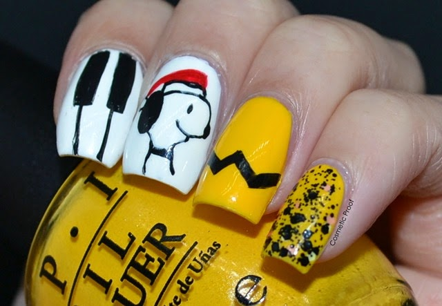 Nail art christmas with snoopy and the opi peanuts collection opi peanuts christmas nail art prinsesfo Gallery