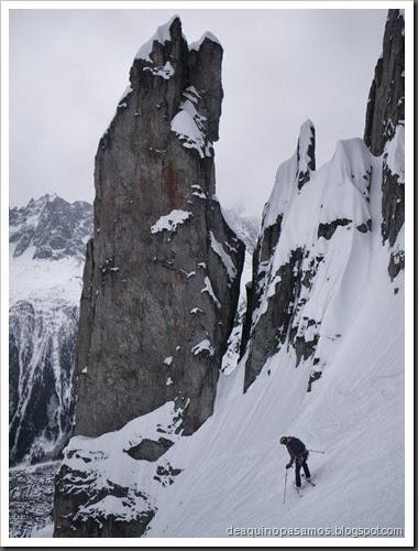 Esqui Couloir de l'ENSA 400m D- 4.1 E2 S4 42º (Brevent, Chamonix, Alpes) (Isra) 0643