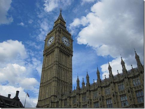 Big Ben under blue skies