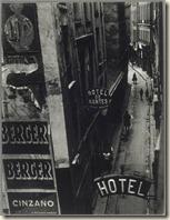 Brassai - Rue Quincampoix vers 1932