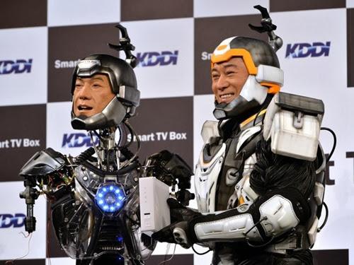 Japoneses criam robô semelhante a ator (Foto: Yoshikazu Tsuno/ AFP)