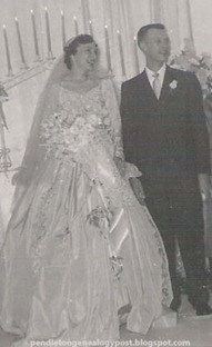 Mama and Daddy wedding cropped copy
