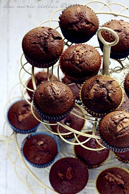 Mocha muffins 5 1000px_thumb[2]