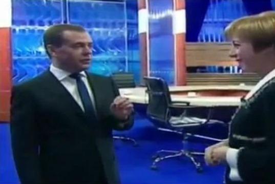 Медведев-впервые-сказал-об-инопланетянах.0-01-19.736