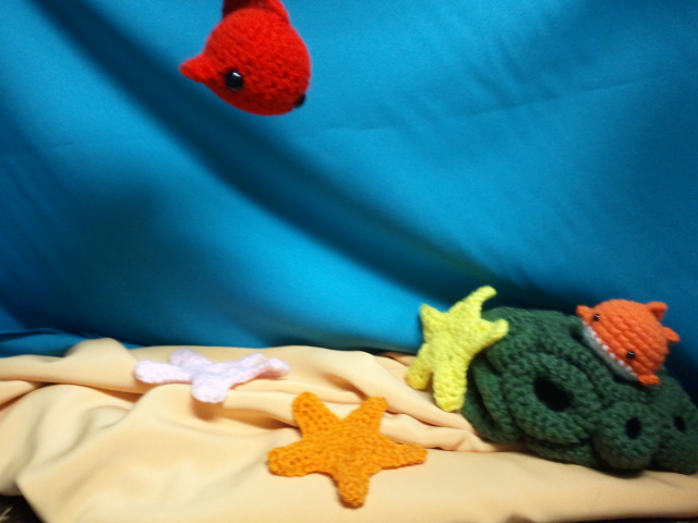 My life with yarn fabric coral reef display for Where can i buy fish near me