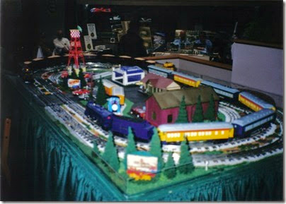 07 Lionel Railroad Club of Milwaukee Layout at TrainTime 2002