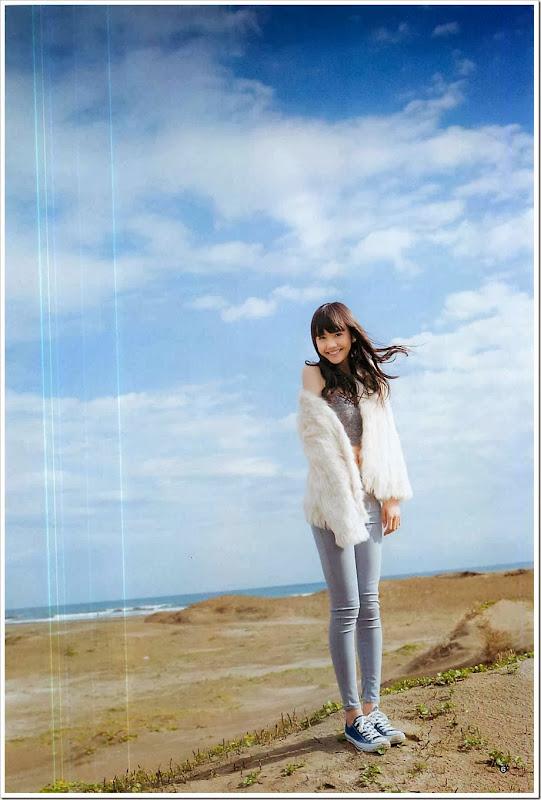 Matsui_Airi_Young_Jump_Magazine_gravure_06