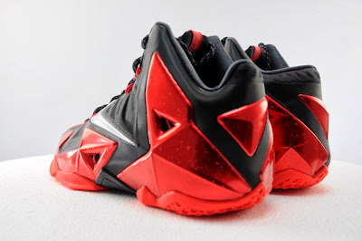 nike lebron 11 gr black red 5 08 Detailed Look at Nike LeBron XI Miami Heat Away