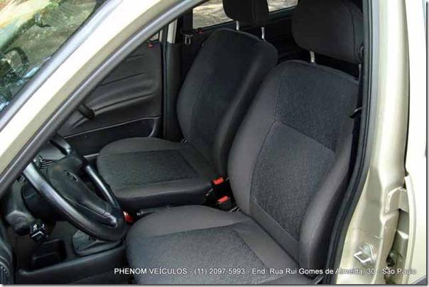 Teste-Corsa-Classic-Life-2008-interior